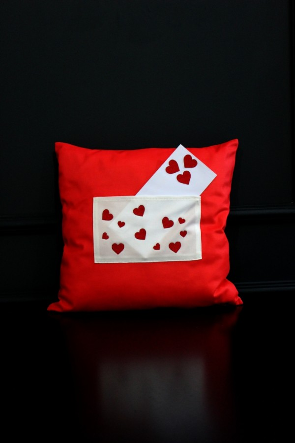 Love Pillow With Pockets