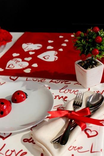 Sevgililer Gününe Özel Runner Set