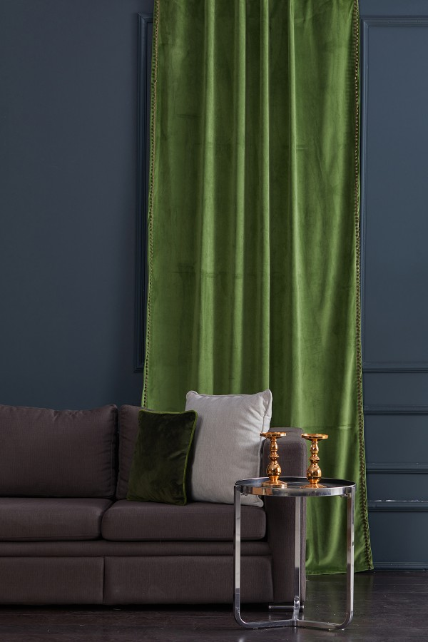Pompom Velvet Fund Curtain