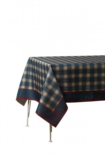 Checkered Table Cloth 140x220