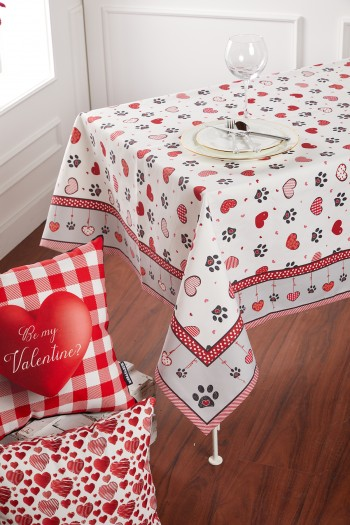 Paw And Heart Pattern White Tablecloth 140 x 210