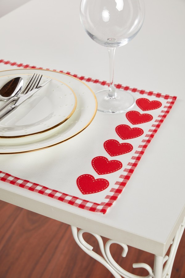 Kalp Desenli Beyaz Amerikan Servis 2'li Set