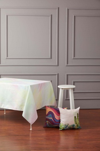 Renk Kuşağı Masa Örtüsü